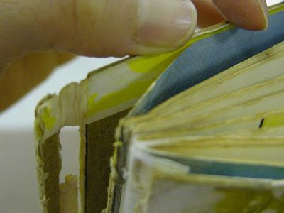 本の修理の方法